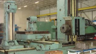 Boring_mill_table_type_STANKO_2H637_160_mm_spindle-5540.jpg