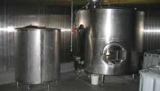 stainless_steel_tanks-7120.jpg