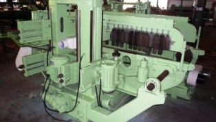 Yasuda_double-chain_moulding_machine_for_floor_board-6499.jpg